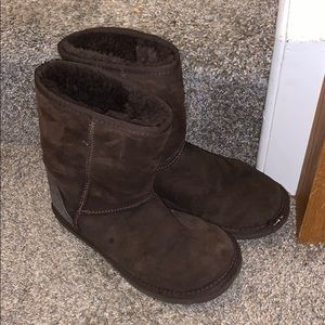 UGGs - short brown